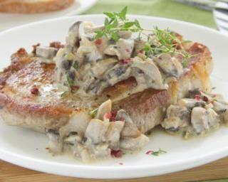 Escalopes de porc aux champignons et crème allégée, spécial chrono-nutrition