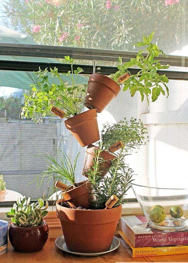 Tontöpfe Kräutergarten Küchenfenster Korken Pflanzenschilder
