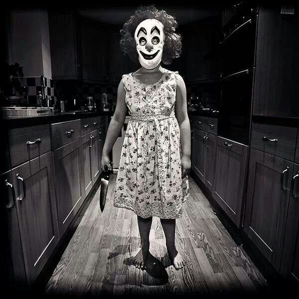 I hate clowns.