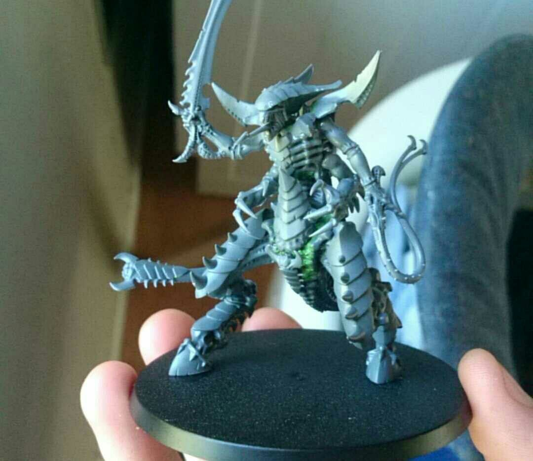 simple tyranid prime conversion hive tyrant legs prime body warhammer tyranid pinterest. Black Bedroom Furniture Sets. Home Design Ideas