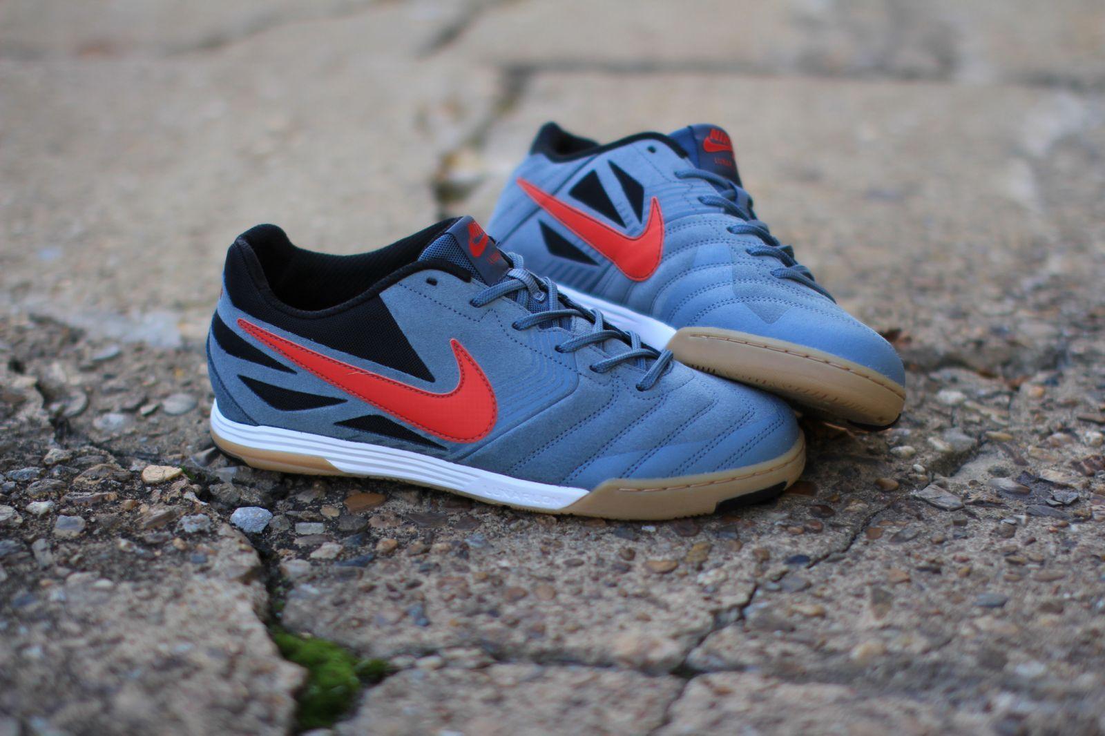9e581c141ff5 ... Nike SB Lunar Gato - Armory Slate University Red .