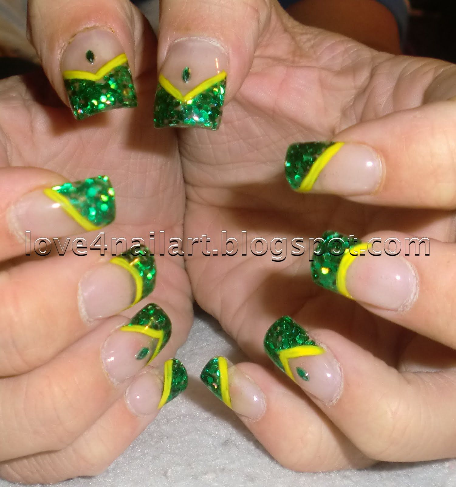 Image Detail For Green Bay Packers Nail Design Love4nailart Packer Nails Green Bay Packers Nails Green Bay Packers Nail Art