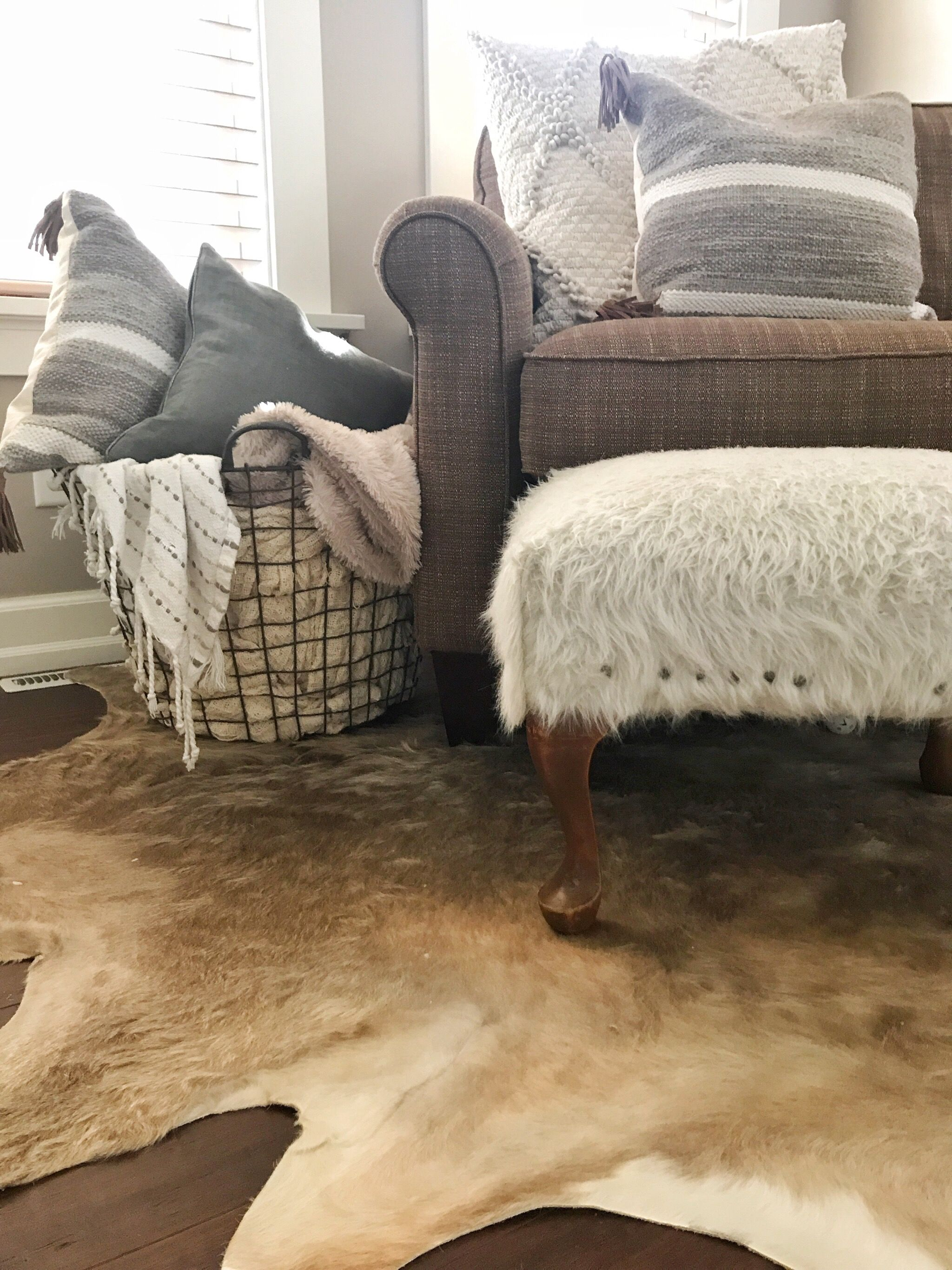 Living room style | @ikea rug #cozystyle | Living room ...