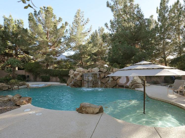 amnagement jardin paysager autour dune piscine 40 ides