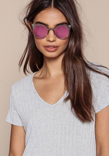 7317c291b8 Quay Harlm Sunglasses in Grey Pink