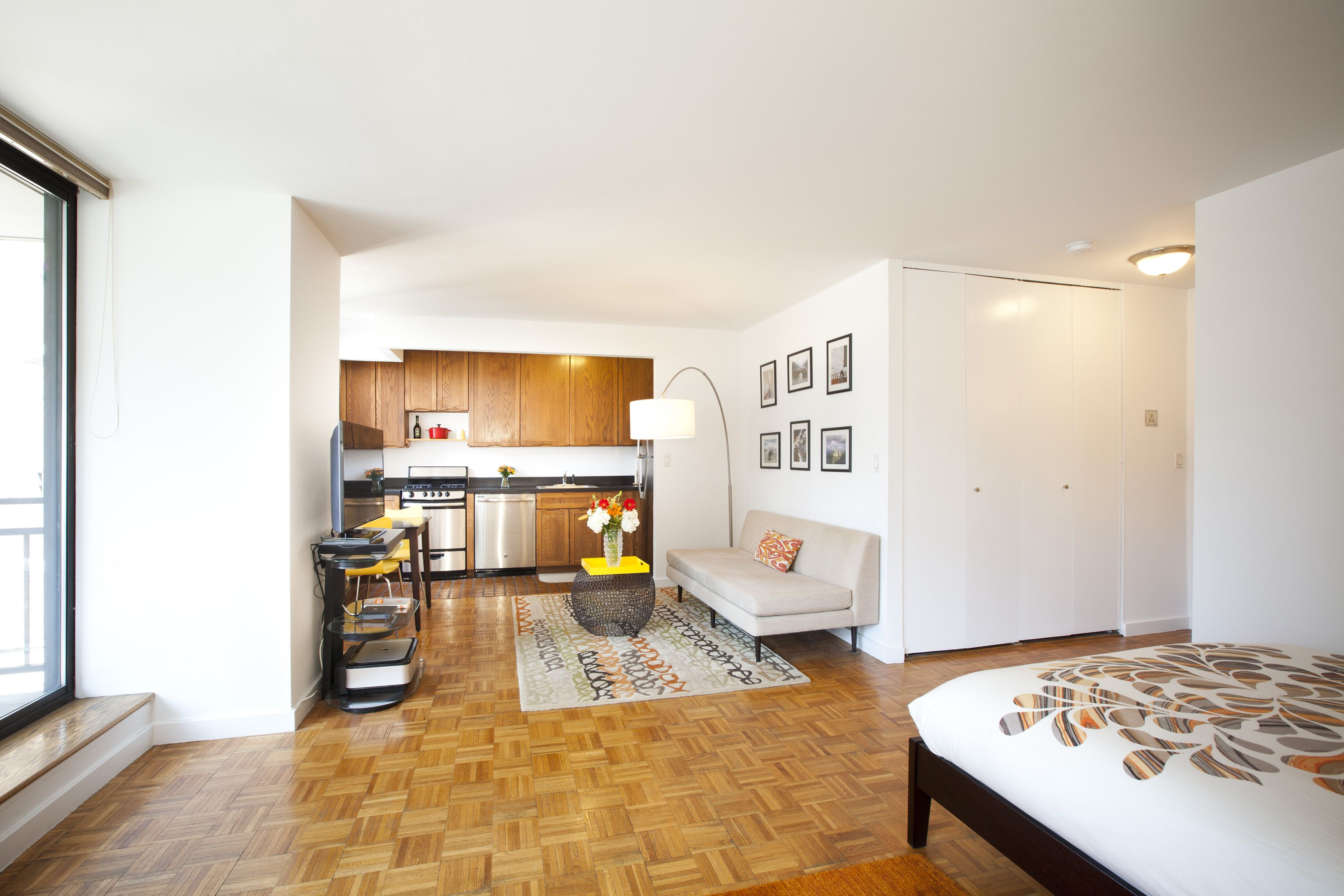 Simple and sleek studio in the Upper West Side. Bel Canto ...
