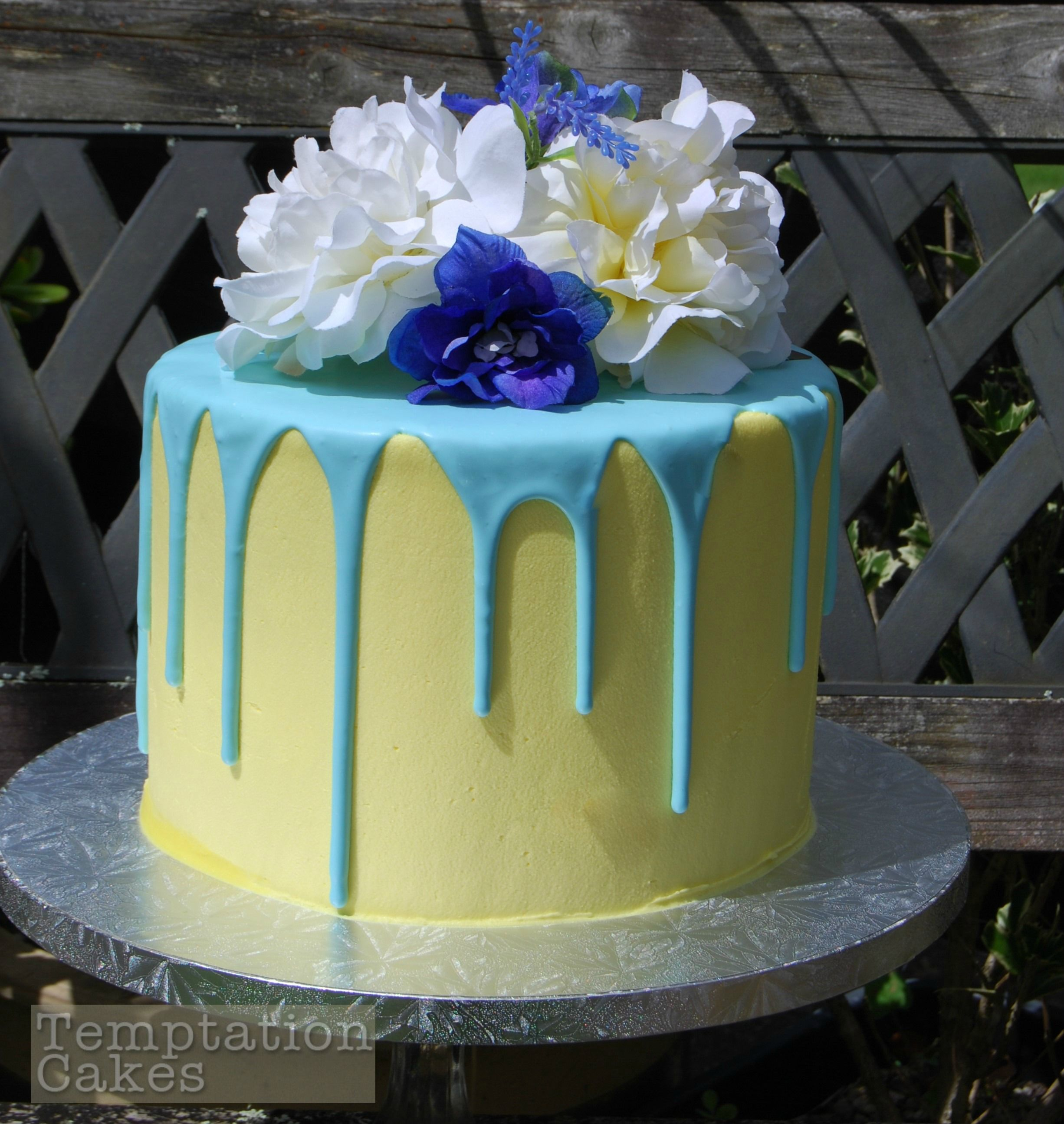 Drizzle Cake Auckland $195 Drip Cake Auckland Flowers Are