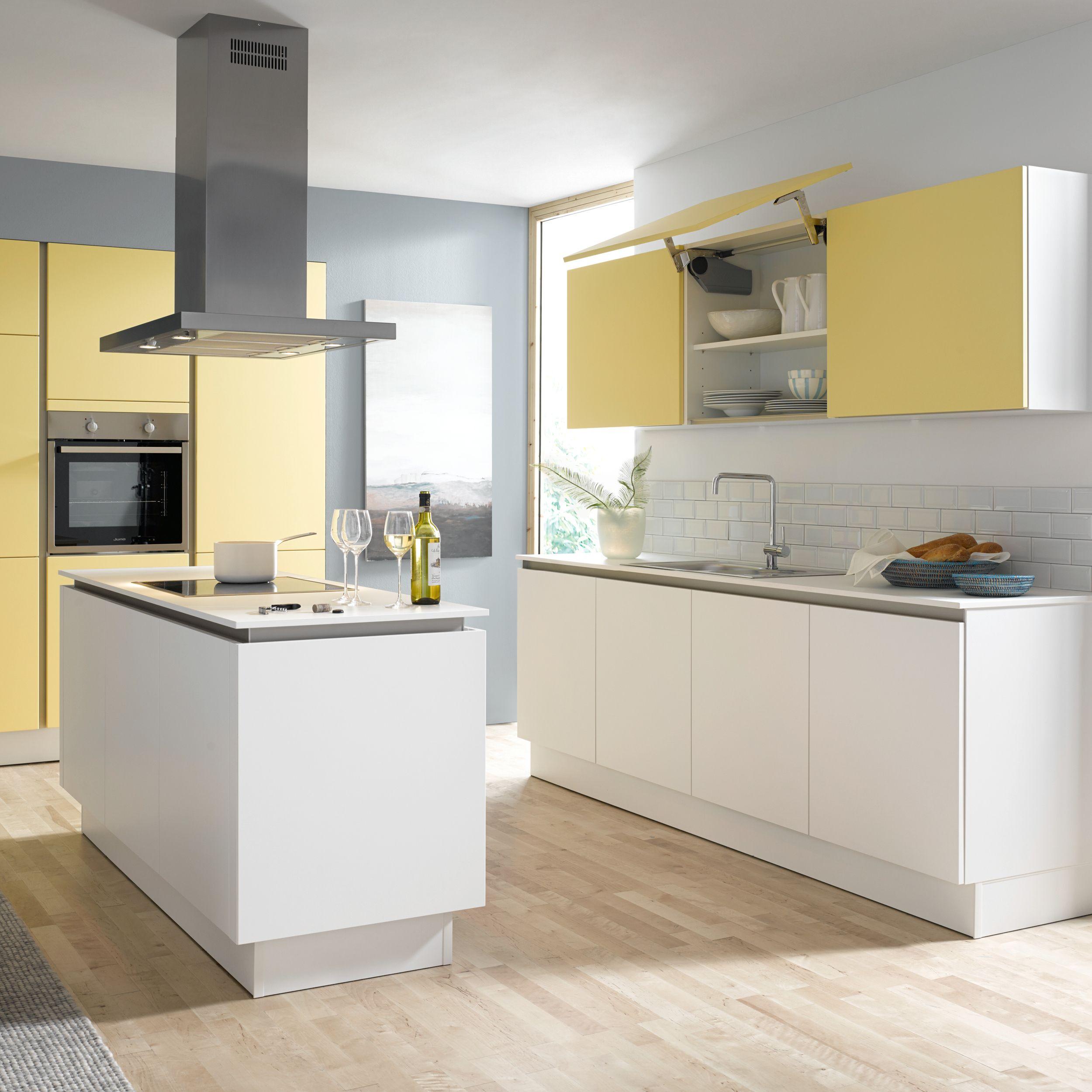 Resopal®l Küche Contur Küchen Design für ein langes