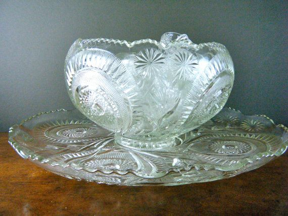 Extra Large Punch Bowl With Platter 21 Cups And Ladle Pinwheel Stars Mckee Depression Gl Perfect For Weddings Holiday Parties 230