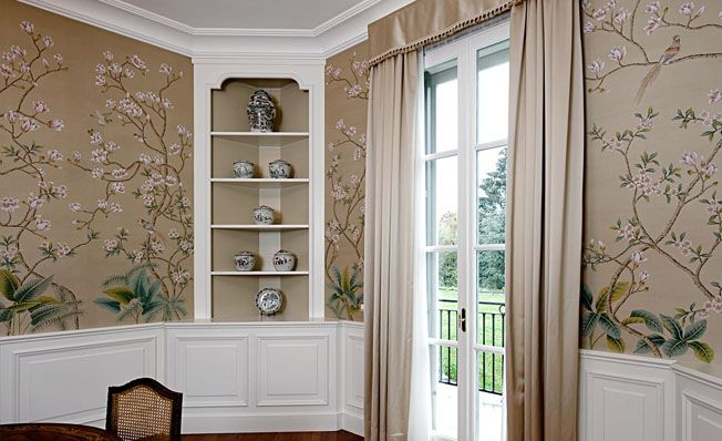 Modern chinoiserie u0027Wild Magnolia Bushu0027 by Misha wallpaper - mondo paolo schlafzimmer