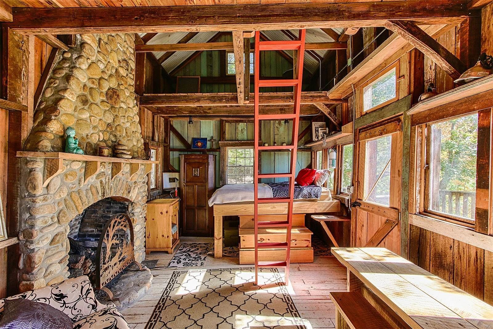 Pioneer Log Homes France live out your pioneer fantasies in this tennessee log cabin