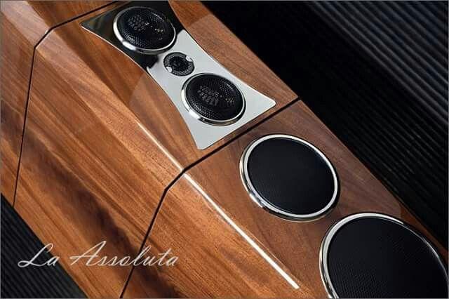Tidal La Assoluta speakers