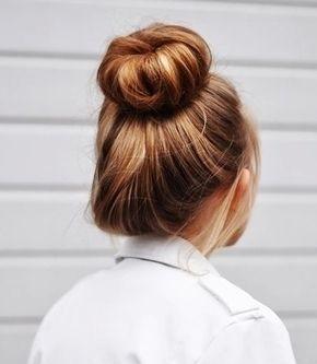 Top Knot Bun Http Lifeandcity Tumblr Com Hair Topknot Bun Hair Styles Hair Inspiration Beautiful Hair
