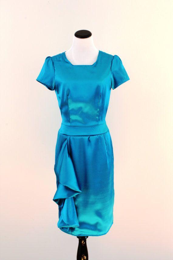 Modest women's dress. Knee length pencil skirt by ModestAndModern