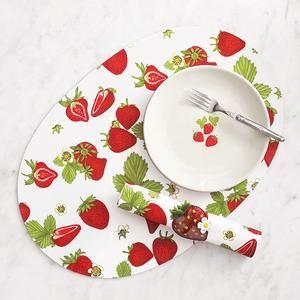 strawberries for sur la table