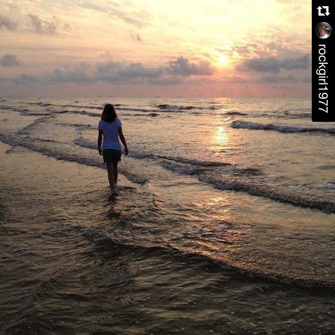 Mustang Island Beach: Rise And Shine. Http://ift.tt/1M0jTQ3 #portaransastex