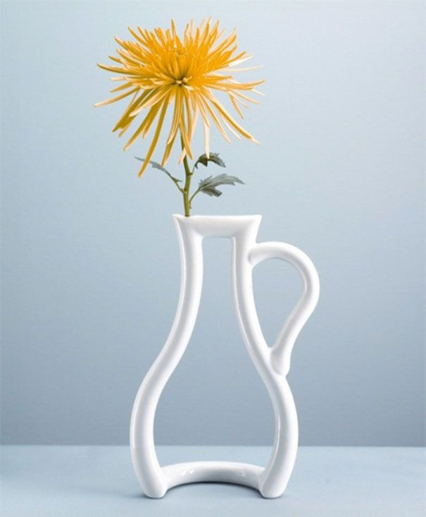 20 Unusual and Creative Vase Designs | DeMilked | Interior ...