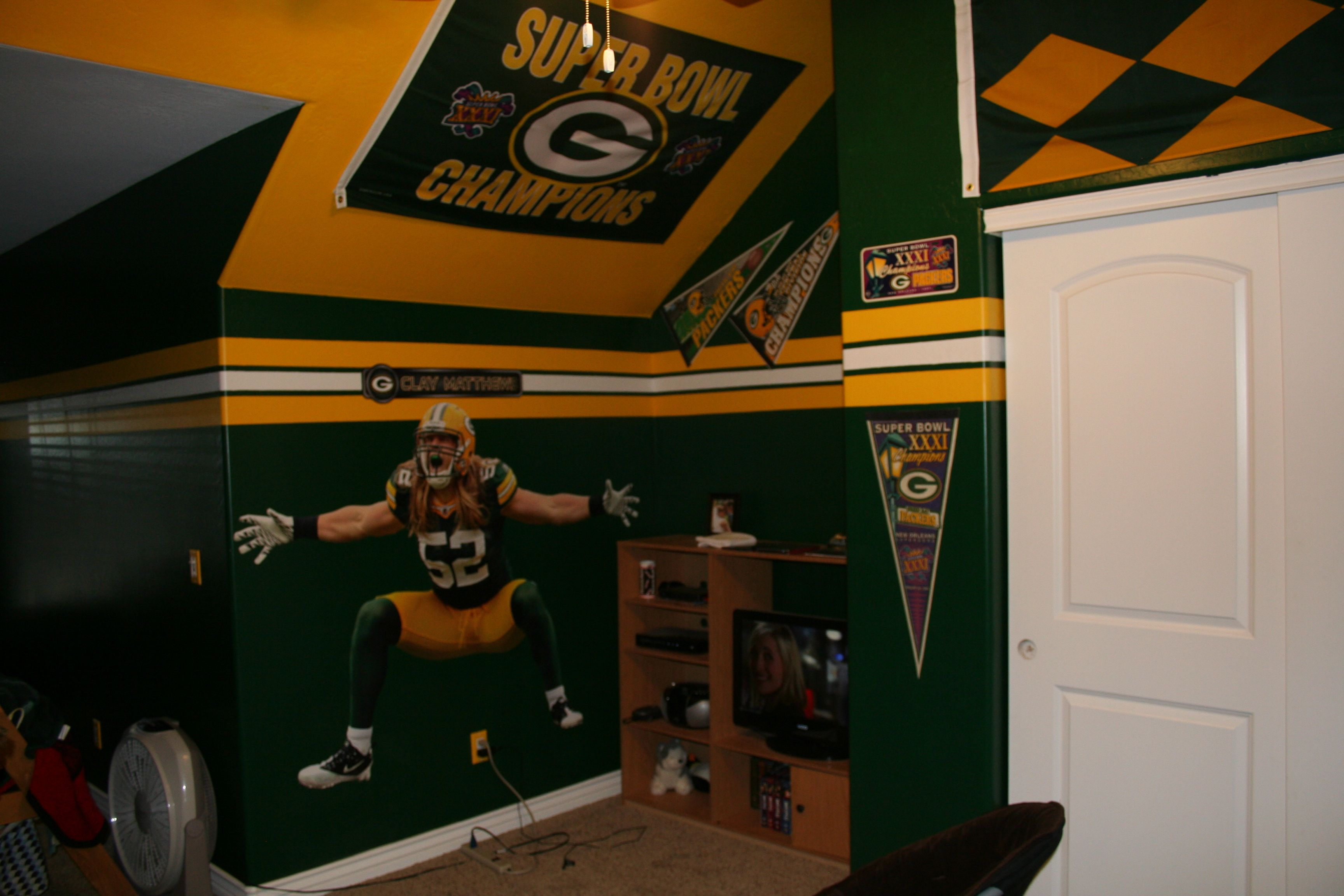 My Son S Green Bay Packer Bedroom With Images Green Bay
