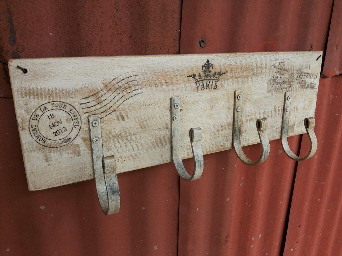 Perchero de pared de madera y 4 perchas de hierro vintage - Percheros pared vintage ...
