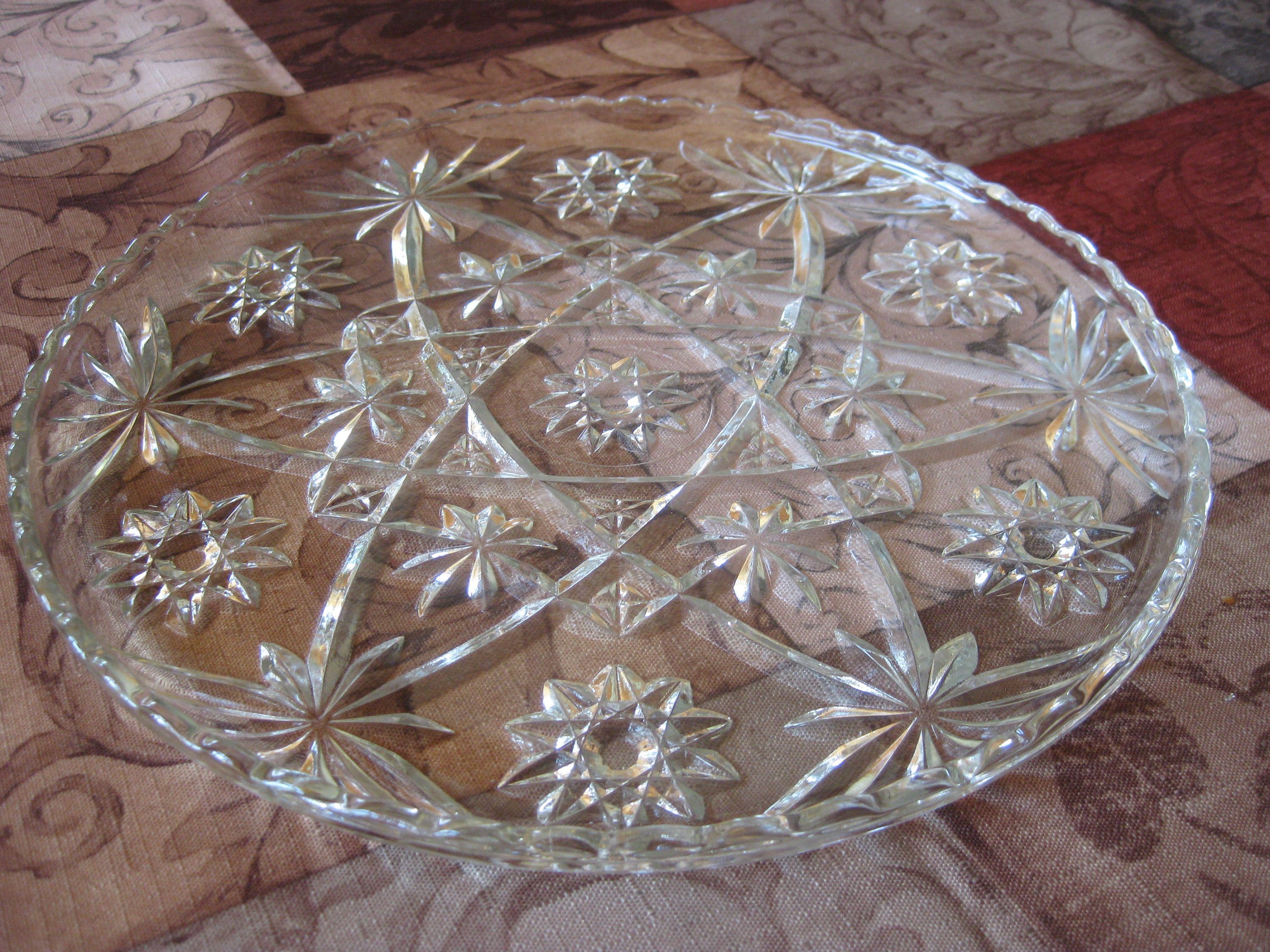 "Hostess Crystal Tray Serving Size Beautiful Crystal Glass Plate 11/"" X 6/"""