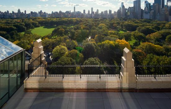 Calvin klein 39 s former new york city duplex penthouse for Central park penthouses for sale