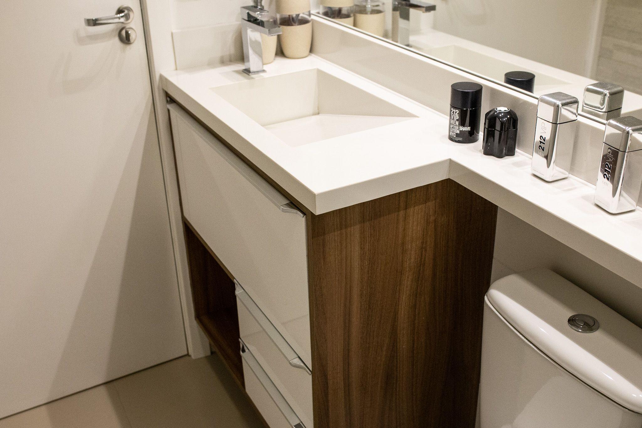 Banheiro clean   Banheiros planejados, Banheiro clean, Projeto de ...