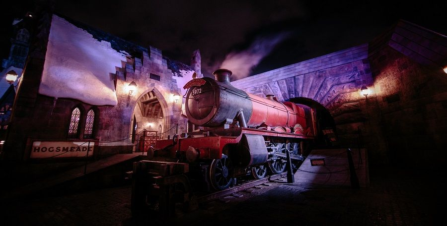 Wizarding World of Harry Potter Hogwarts Express
