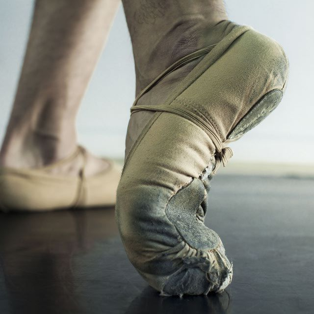 How to Get Beautiful Dancer's Feet: Wanted: Gorgeous Feet--Strengthen arches with ballet stretches