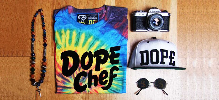 Want this t-shirt and hat.