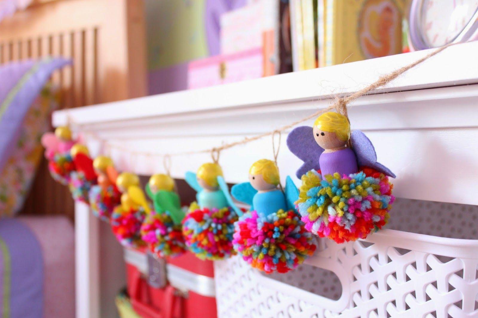 pompom+fairy+garland++raisinguprubies.com++.jpg (1600×1066)