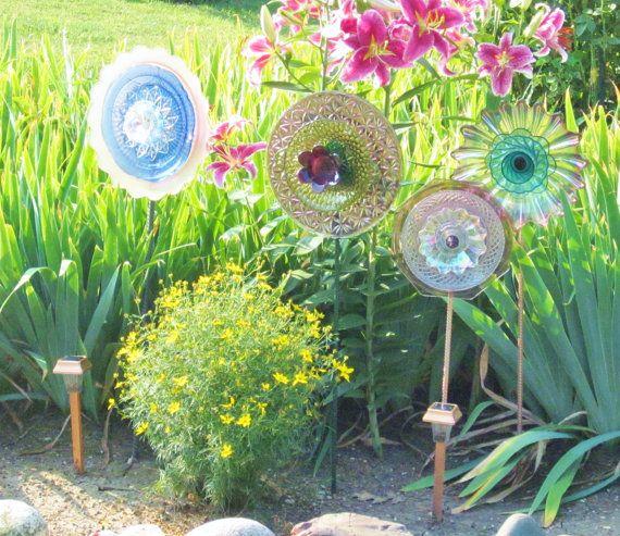 Garden Art Glass Plate Purple Flower Yard Stake By Jarmfarm