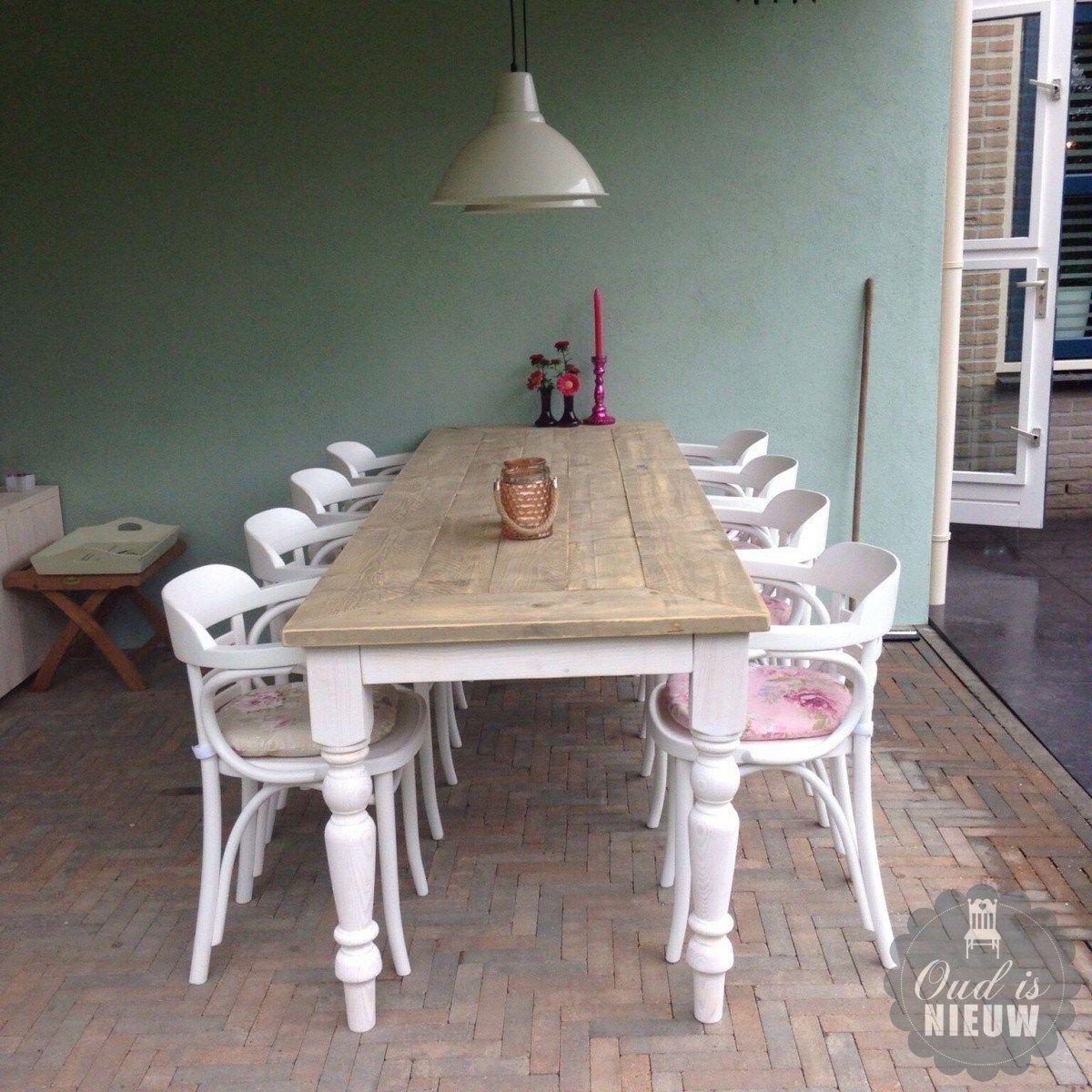 Tafel met oude stoelen google zoeken landelijk interieur pinterest oude stoelen stoelen - Oude tafel en moderne stoelen ...