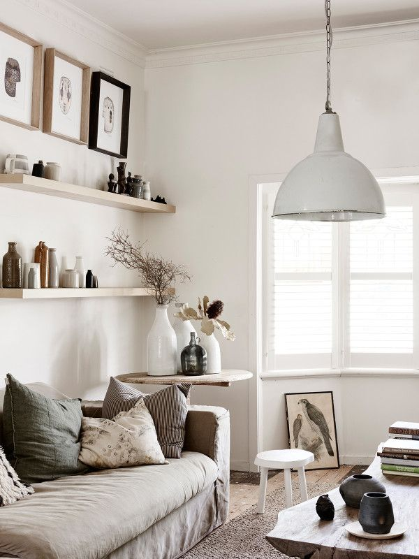 The Northcote home of Amanda Henderson-Marks and Michael Marks. Photo – Eve Wilson, styling assistant – Nat Turnbull, production – Lucy Feagins / The Design Files.