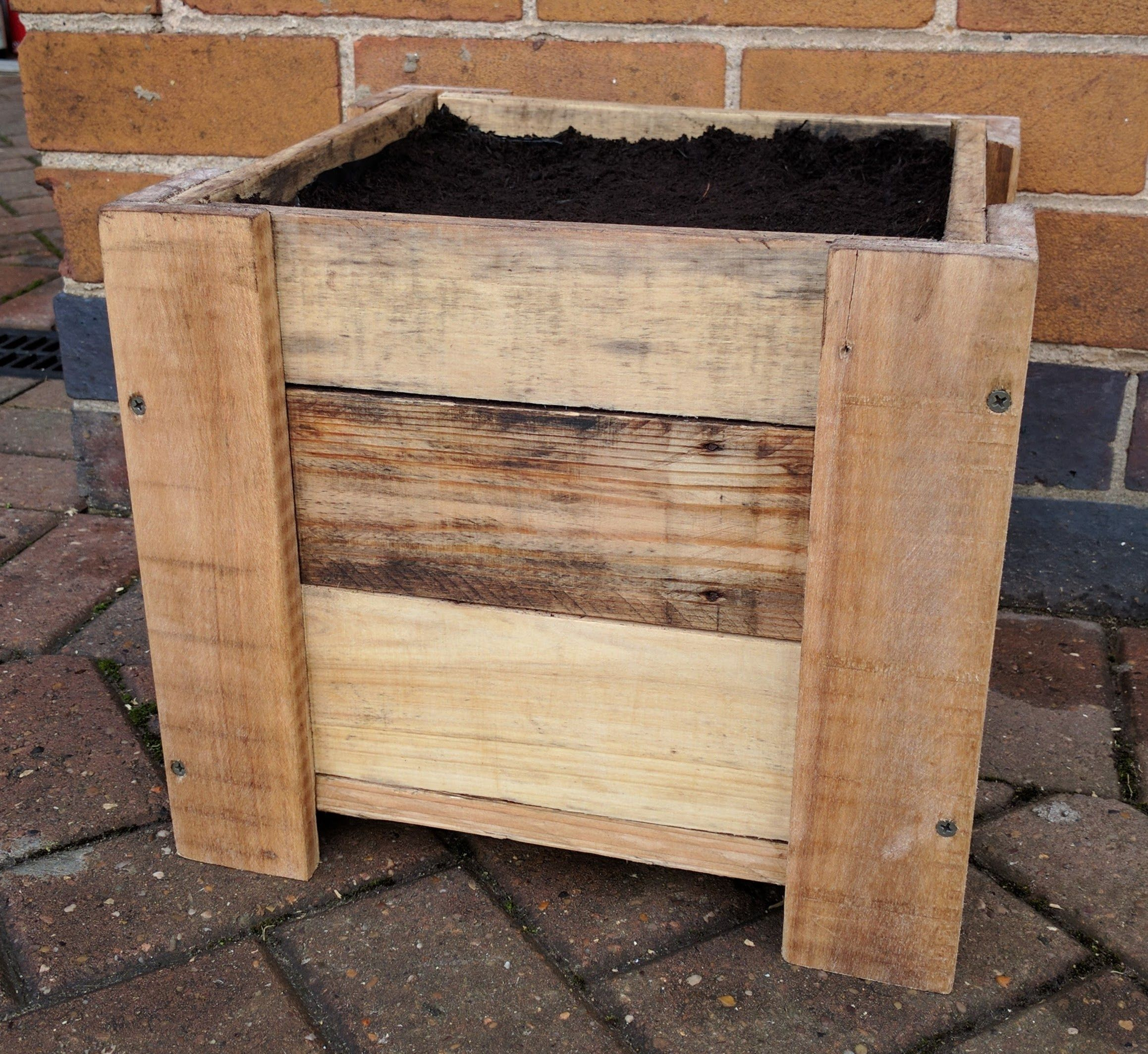 10 Diy Garden Ideas For Using Old Pallets: Pallet Wood Planter Finished In Teak Oil. (With Images