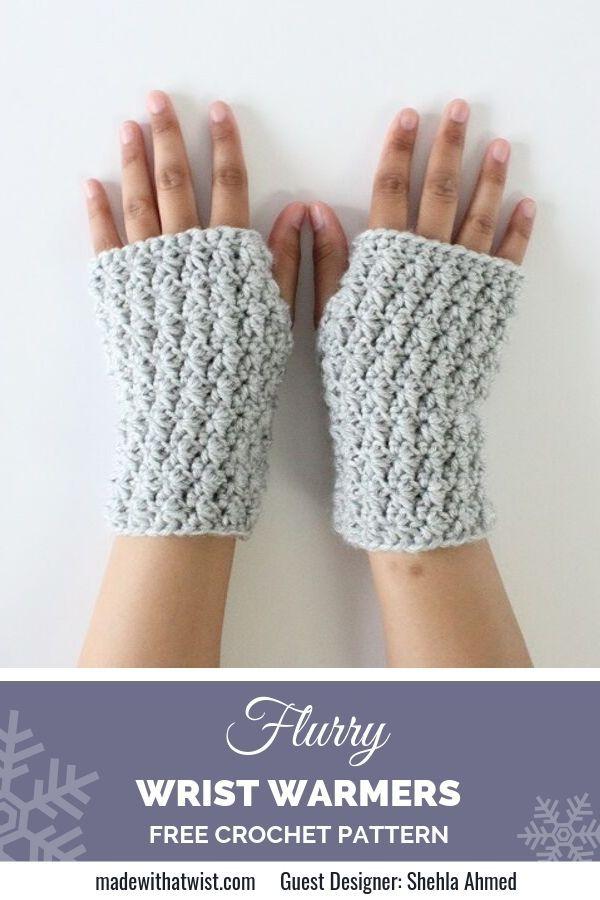 Free Star Stitch Wrist Warmers Crochet Pattern - Bonus Matching Beanie pattern is available, too! #freecrochetpattern #crochetpattern #fingerlessglovespattern #wristwarmerspattern #theblueelephants #gloves