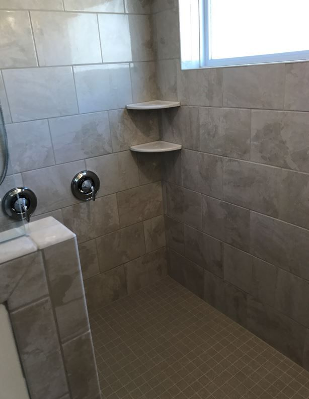 Marble Falls Crystal Sands 10x14 Tiles Installed Horizontal Brick Joint Tile Bathroom Bath Tiles Marble Falls