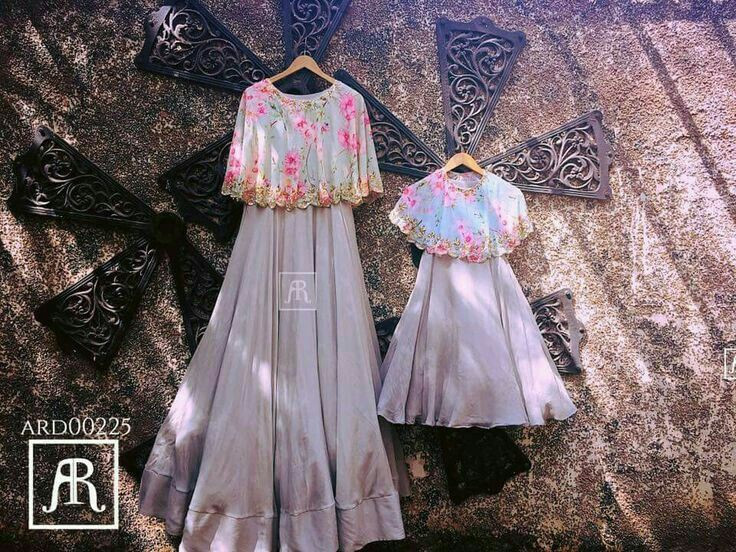 5e663134 Mom and baby cape combo   Cape dress   Indian dresses, Indian gowns ...
