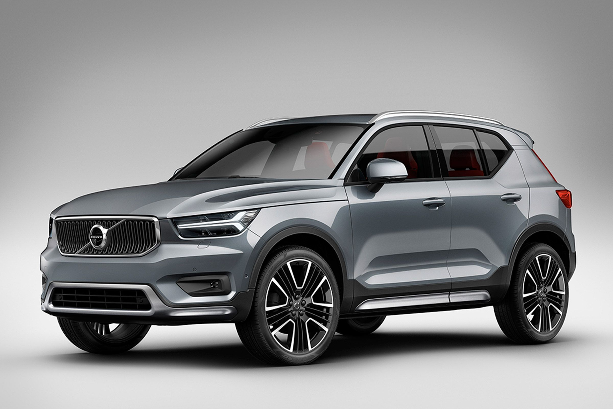 The New Volvo Xc40 Styling Pack Brings Bigger Wheels A Tougher Looking Bodykit And A Subtle Spoiler Volvo Suv Volvo Volvo Cars