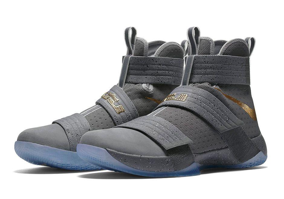 Nike LeBron Soldier X \