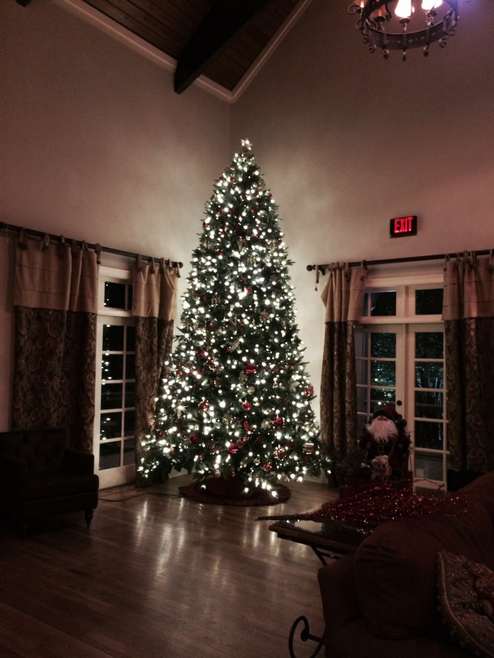 an hoa needed help with decorating a 14ft tree atlanta rental christmas tree extended