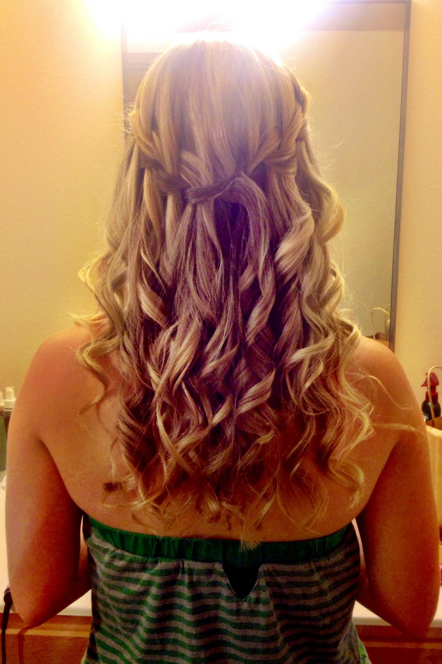 Today S Hairstyle Loose Curls And A Waterfall Braid Loose Curls Hair Styles Hairstyle