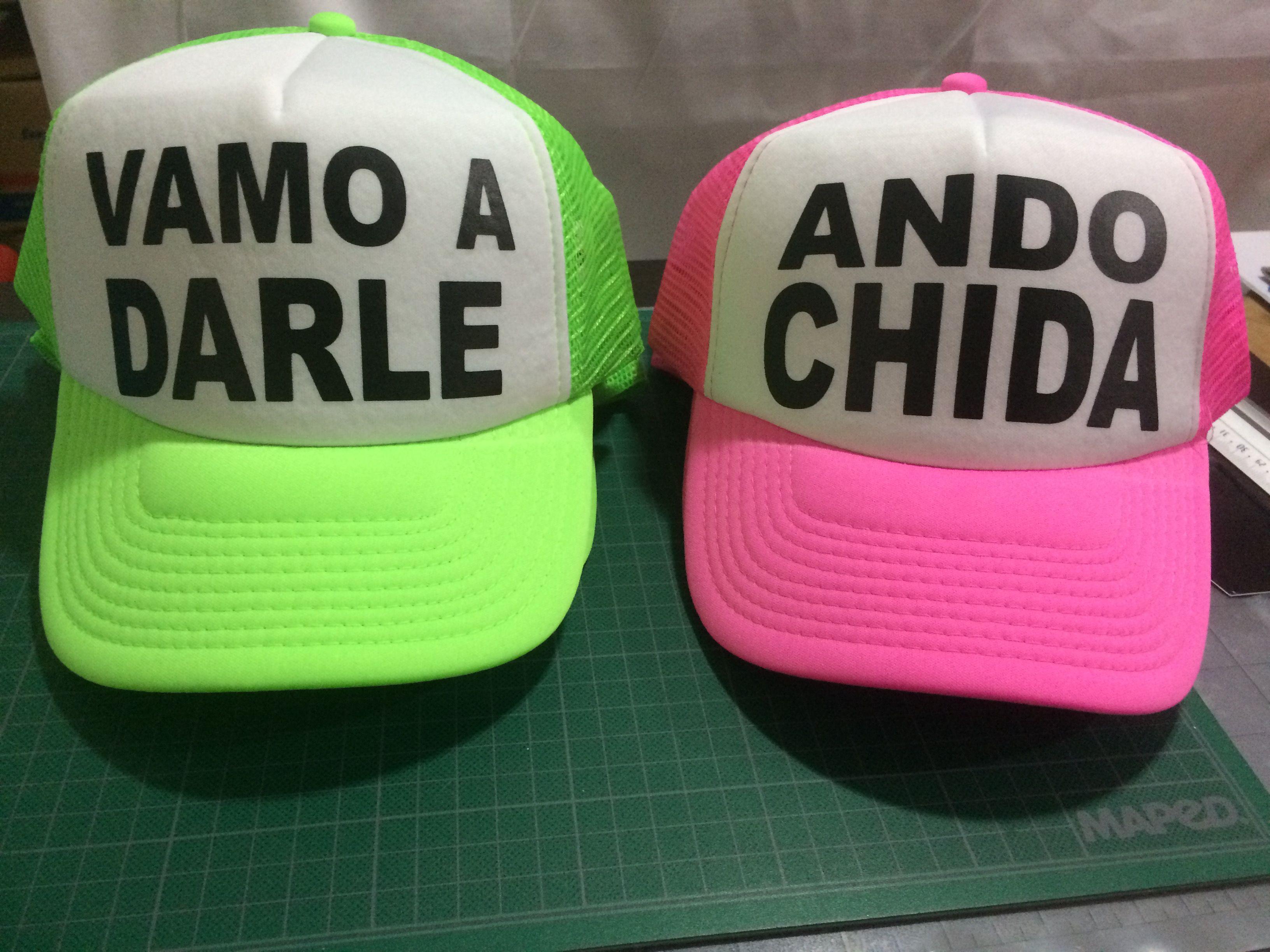 495eb80a4db1d Gorras personalizadas en color neón by Eatbrains! Campeche