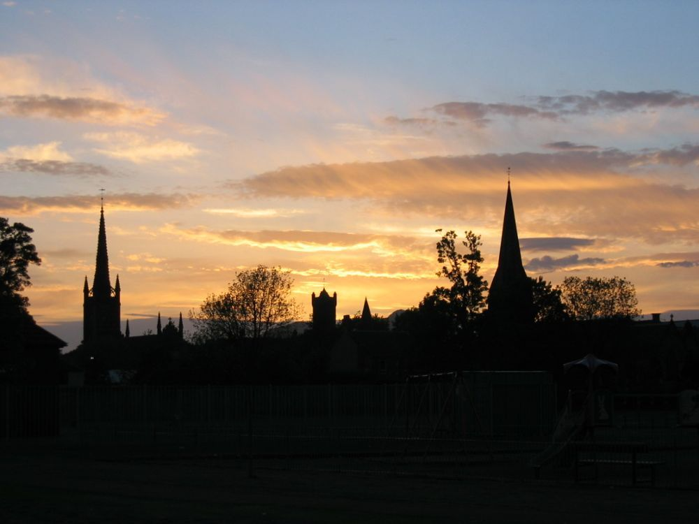 Sunset over Alloa showing of the best of our skyline.