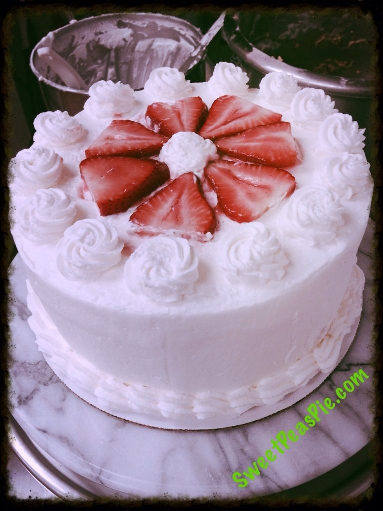 Strawberry Chantilly Cake With Images Strawberry Chiffon Cake