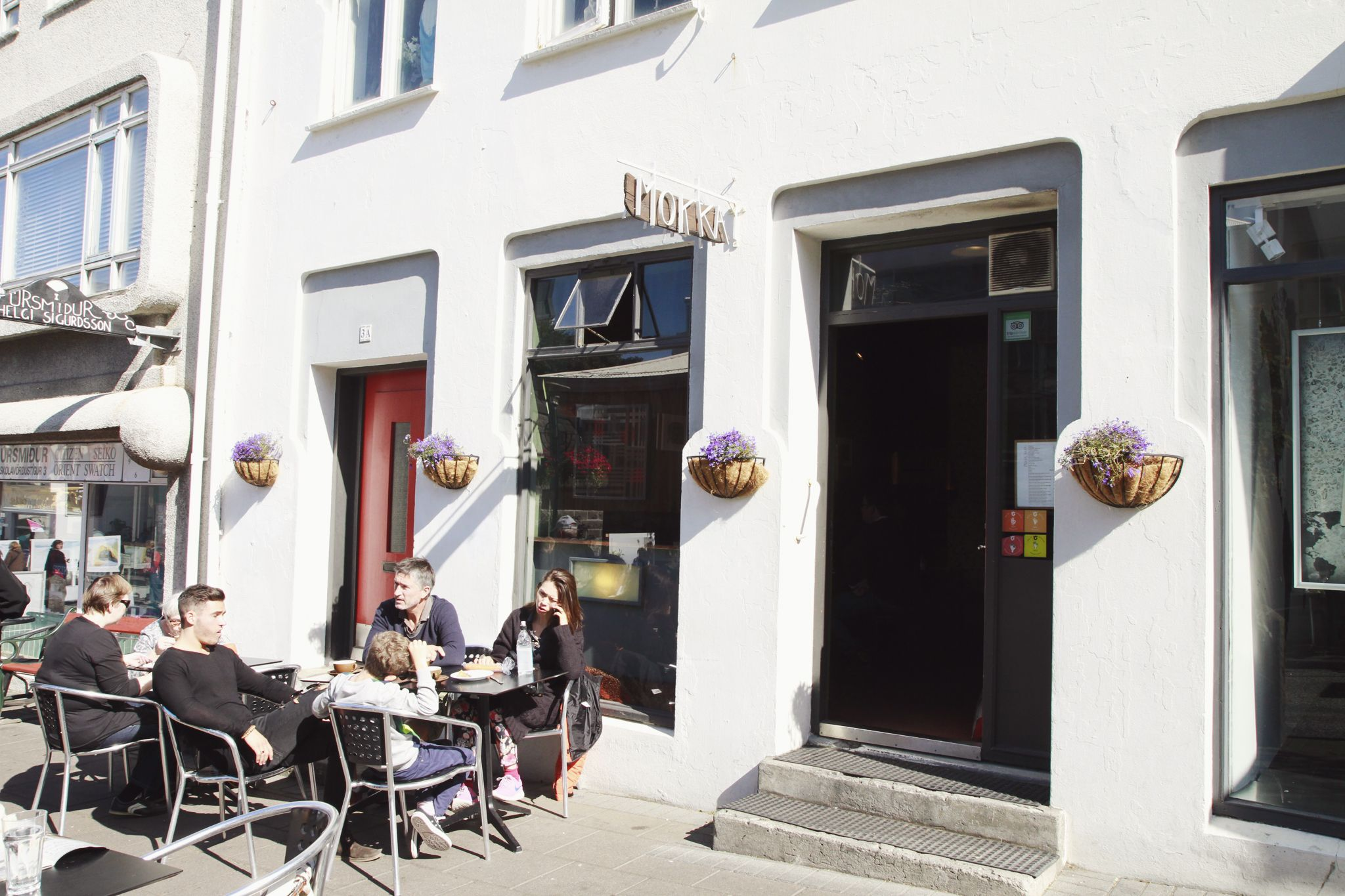 'elsewhere by KUONI' - Iceland // NECTAR & PULSE – 'Mokka-Kaffi' is the café with the first espresso machine in Iceland.