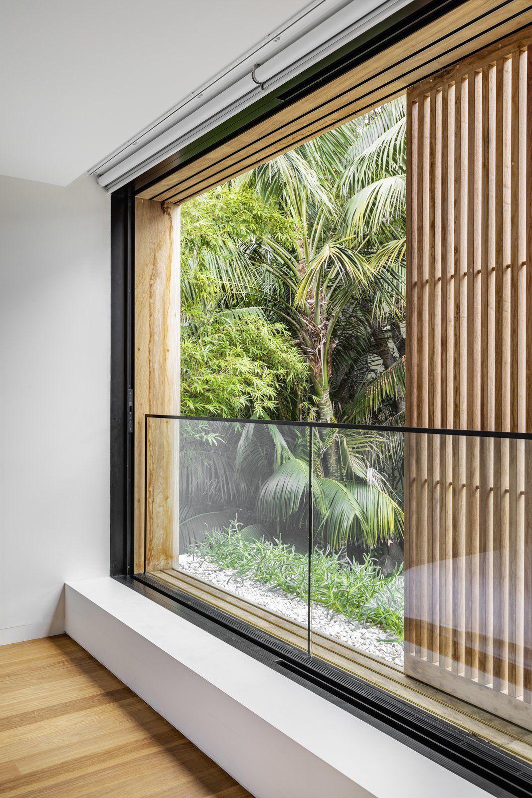 Photo 12 Of 17 In Like Its Moniker Cloud House In Bondi Beach Feels Modern Windows Design Window Design Modern Windows