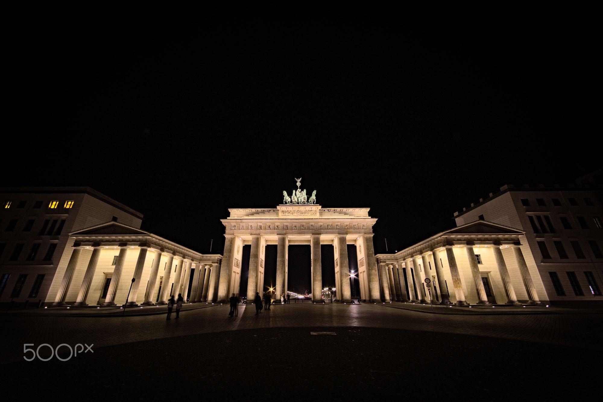 Brandenburger Tor Brandenburg Gate At Night Berlin Germany Brandenburg Gate Brandenburg Night Photography