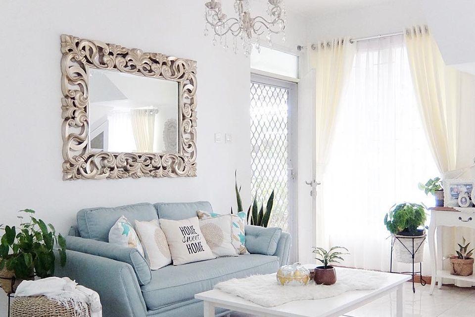 Model Cermin Hias Untuk Ruang Tamu