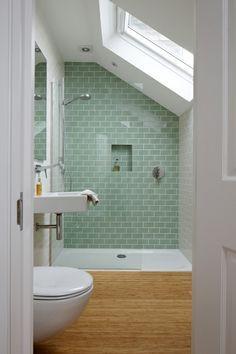 Dusche unter Dachschräge, Badezimmer unterm Dach | ZuHause ...