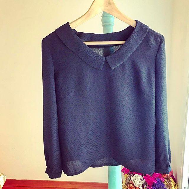 Loving the Susie blouse 🌸  #susieblouse #soishowoff #sewoverit #soisusieblouse #sewingblogger #vintagestyle #retrostyle #sewcialists #costura